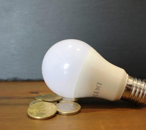 Rincaro della bolletta vs energie rinnovabili: qual è la soluzione migliore?